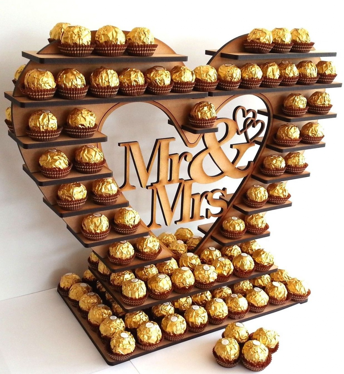 LARGE FERRERO ROCHER HEART.jpg